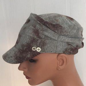 D & Y print elastafit cap hat